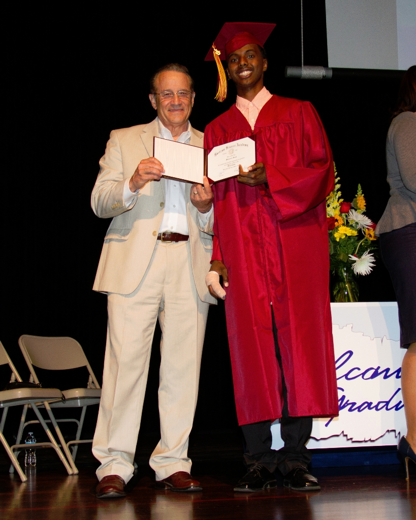 horizongraduation2013-3500_0