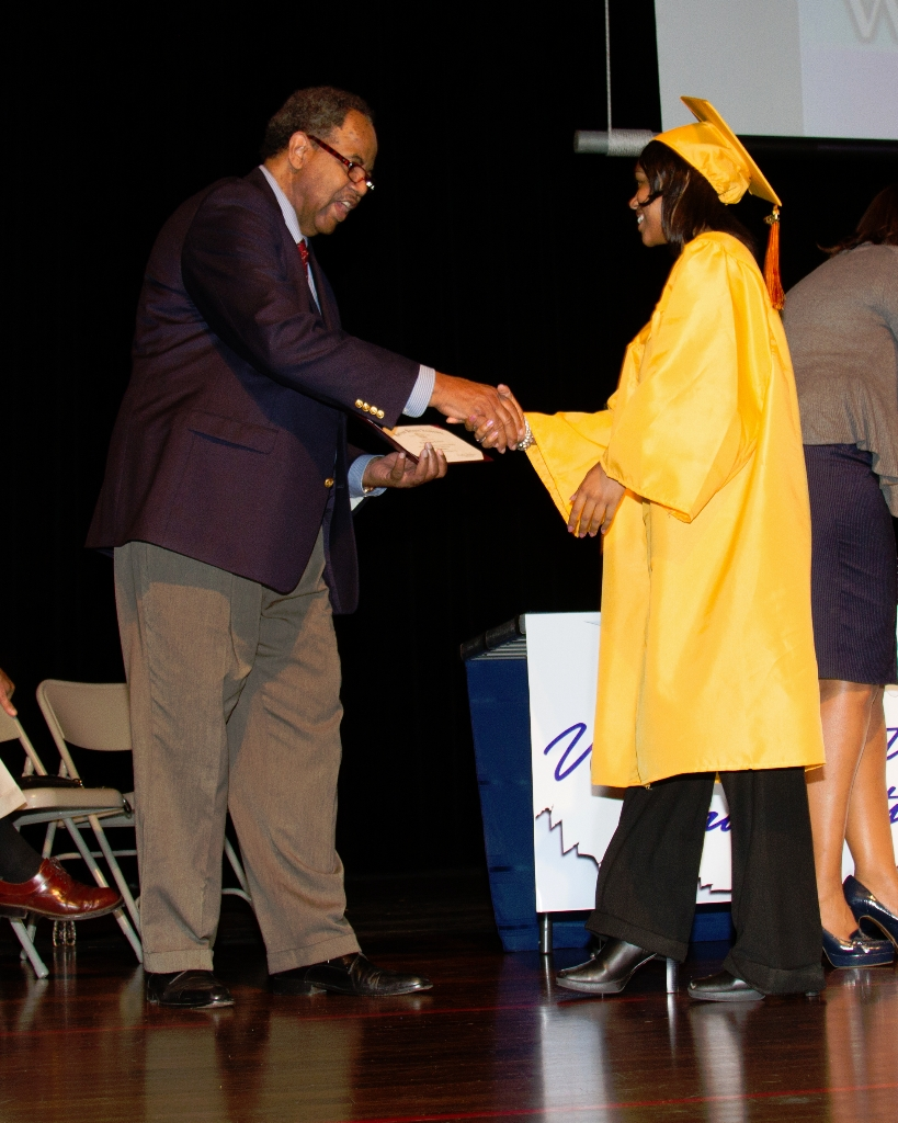 horizongraduation2013-3516_0