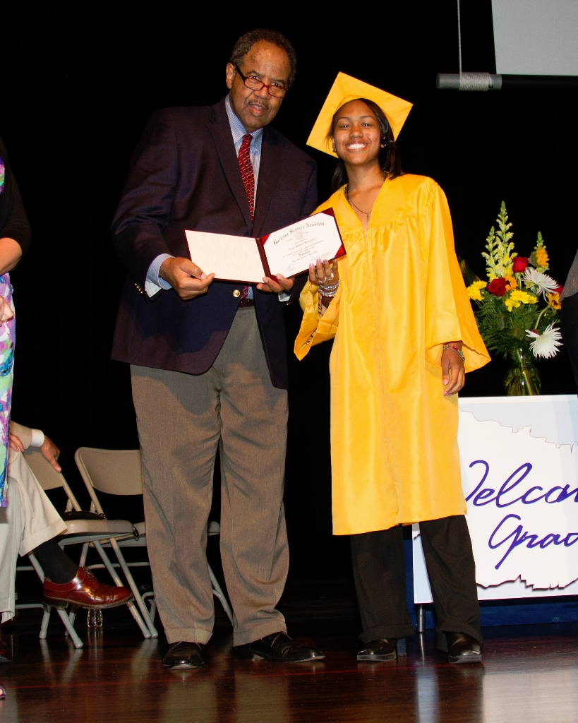 horizongraduation2013-3517_0