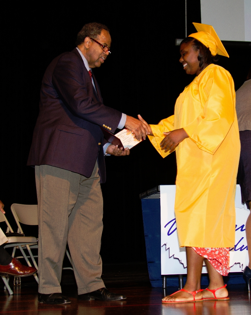 horizongraduation2013-3518_0
