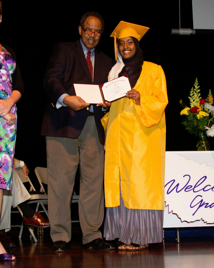 horizongraduation2013-3539