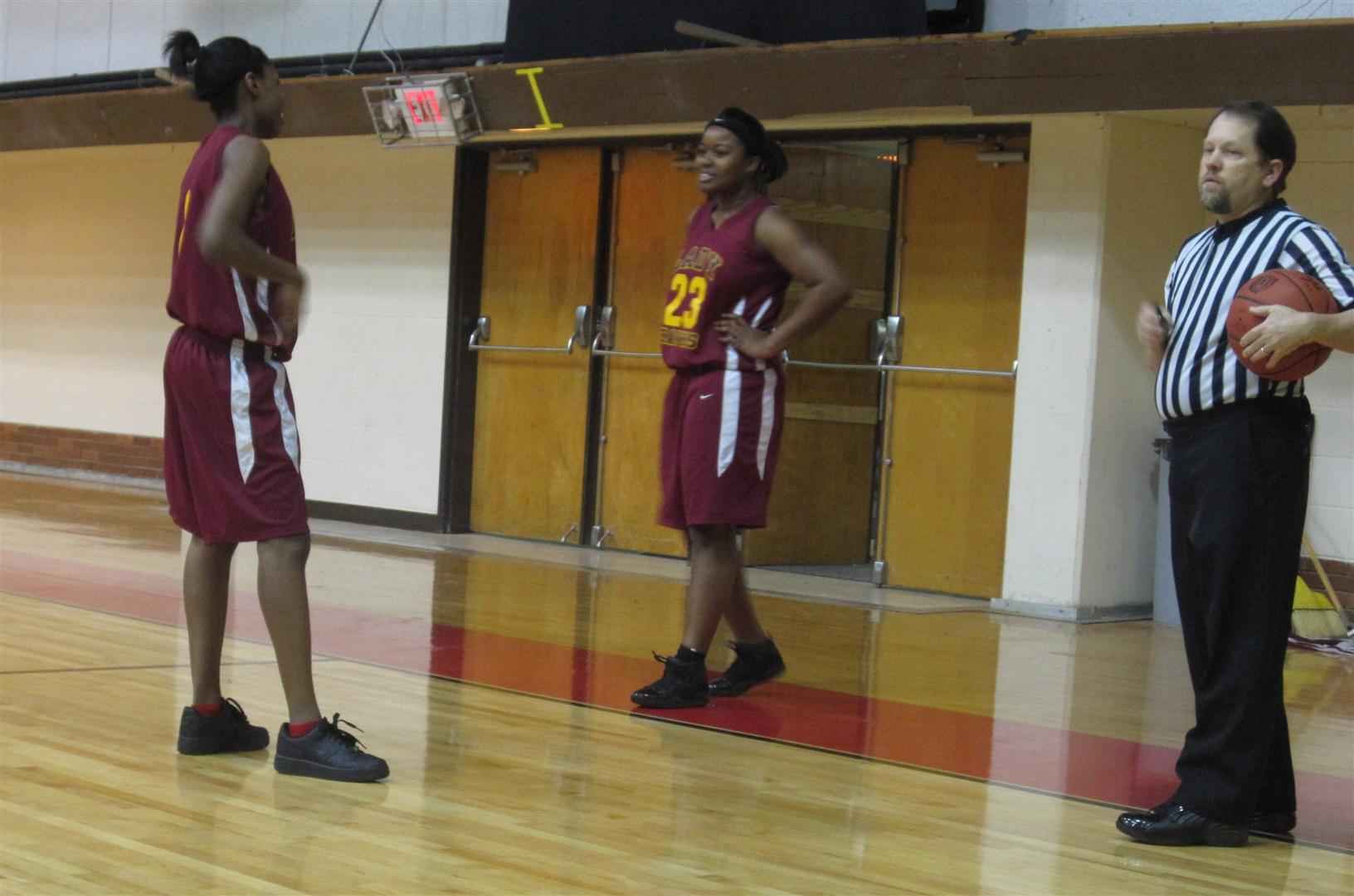 sequoia-holmes-and-unk-basketball